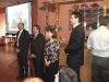 Výročná členská schôdza - gratulácie jubilantom (foto: DT)